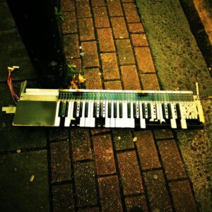 Broken Keyboard street 2